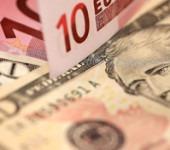 Курс доллара превысил отметку в 71 рубль